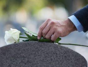 tassa su morti e funerali